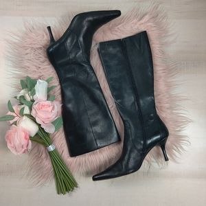 Ann Klien Maarmand pointed toe leather boots